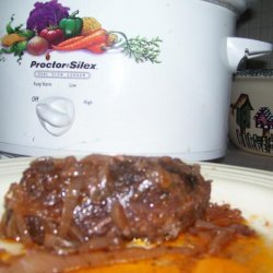 Slow Cooked Beef in Onion Sauce (Crock Pot)