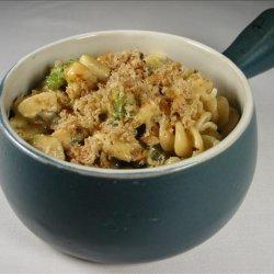 Creamy Pasta With Chicken and Broccoli recipe