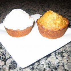 Banana & Apple Oatmeal Muffins