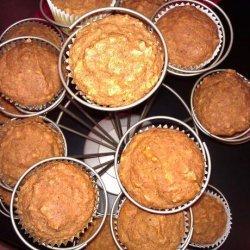 Moist Pumpkin Oatmeal Muffins