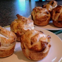 Vegetable-Puff-Pastry-Muffins