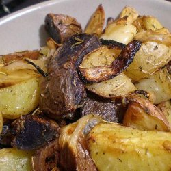 Rosemary Potato Wedges With Pearl Onions