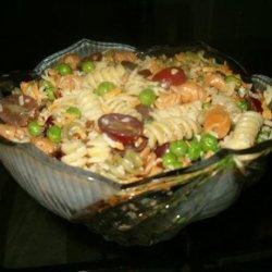 Garlic Pasta Salad With Pecans