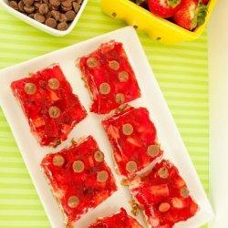 Pretzel-Strawberry Squares