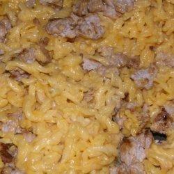 Zach's Easy-Cheesy Macaroni & Hamburger Meat