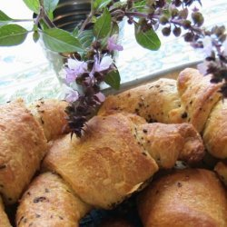 Garlic Basil Crescent Rolls- Homemade Gourmet recipe