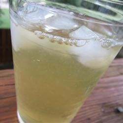 Sparkling Green Tea Lemonade