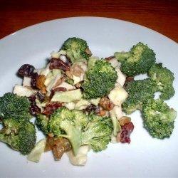 Broccoli Salad With Bacon and Craisins