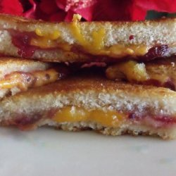 Farmhouse Cheddar Cheese and Cranberry Croque Monsieur Toasties recipe