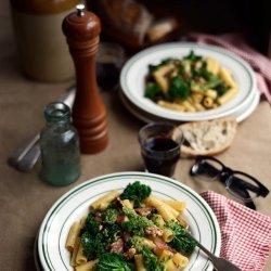 Arugula and Walnut Pesto with Penne