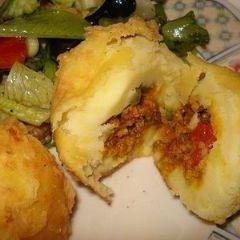 Rellenos De Papa (Stuffed Mashed Potatoes)