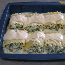 Lasagna Alfredo Roll Ups