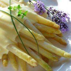 Spargel - White Asparagus With Easy Hollandaise Sauce