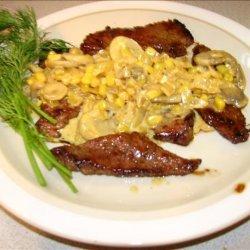 Veal or Chicken Scaloppine With Saffron Cream Sauce
