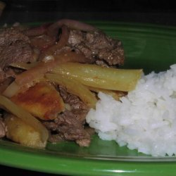 Lomo Saltado (Peruvian Beef and Potato Stir Fry)