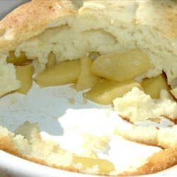 Delicious Puffy Oven-Baked Apple Pancake!