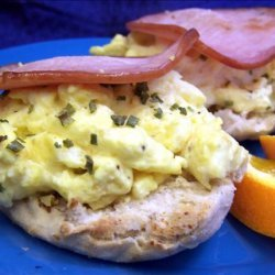 English Muffin With Scrambled Egg and Ham