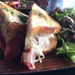 Reuben Salad Sandwiches