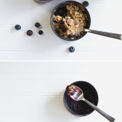 Blueberry Breakfast Crisp