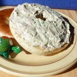 Herbed Cream Cheese With Scallions and Tuna recipe