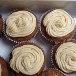 Sticky Date Cupcakes With Caramel Icing