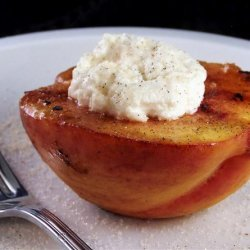 Vanilla Spice-Rubbed Grilled Peaches With Fresh Goat Cheese