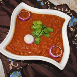 Rajma (Indian Red Kidney Bean Curry)
