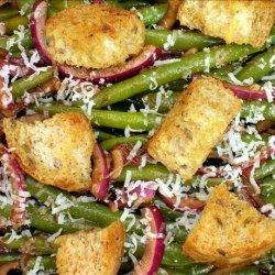 Balsamic Green Bean & Red Onion Salad W/ Multigrain Croutons