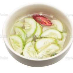 Cucumber Slices With Onions