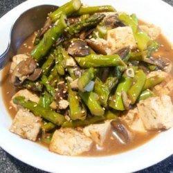 Sesame-Ginger Asparagus and Tofu Stir-Fry
