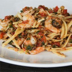 Shrimp With Fresh Tomatoes and Pasta
