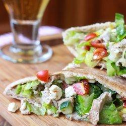 Greek Chicken Pita Salad
