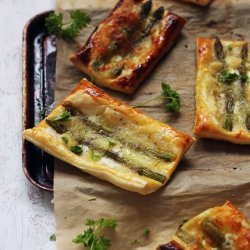 Asparagus Puff Pastry Snacks