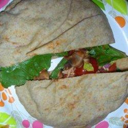 Pizza Salad Pita Pockets