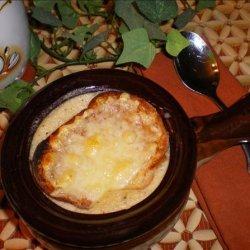 Garlic Soup Gratiné (Cream of Garlic Soup)
