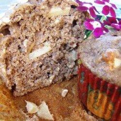 Healthy Caramel Apple Muffins