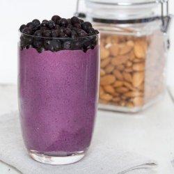 DELICIOUS banana/blueberry smoothie