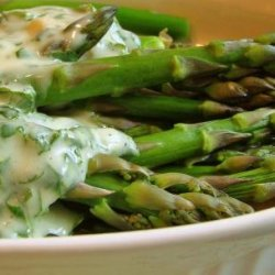 Asparagus With Creamy Sesame Dressing