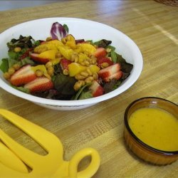 Tossed Salad With Peachy Vinaigrette