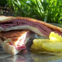 Grilled  Roast Beef and Smoked Gouda Cheese Sandwich recipe