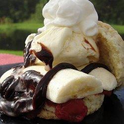 Banana Split Shortcakes