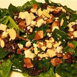 Spinach-Gorganzola Salad recipe