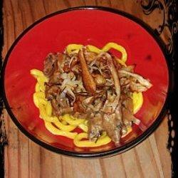 Beef Tips & Crispy Parsnip Threads With Horseradish Cream Sa recipe