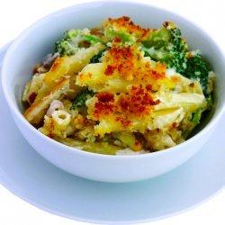 Chicken Broccoli  Pasta Bake