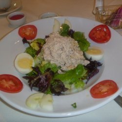 Tuna Salad Plate for One