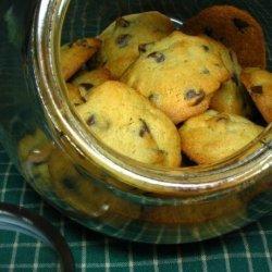 Chocolate Chip Cookies (Best Evah!)