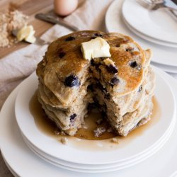 Blueberry and Oatmeal Pancakes