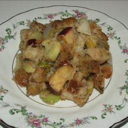 Kelly's Holiday Apple and Sausage Stuffing recipe