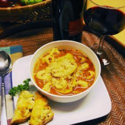 Healthy Tomato-Tortellini Soup