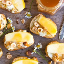 Baked Apples With Cajeta